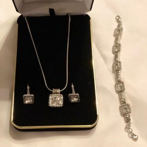New Beautiful Brighton Jewellery Set